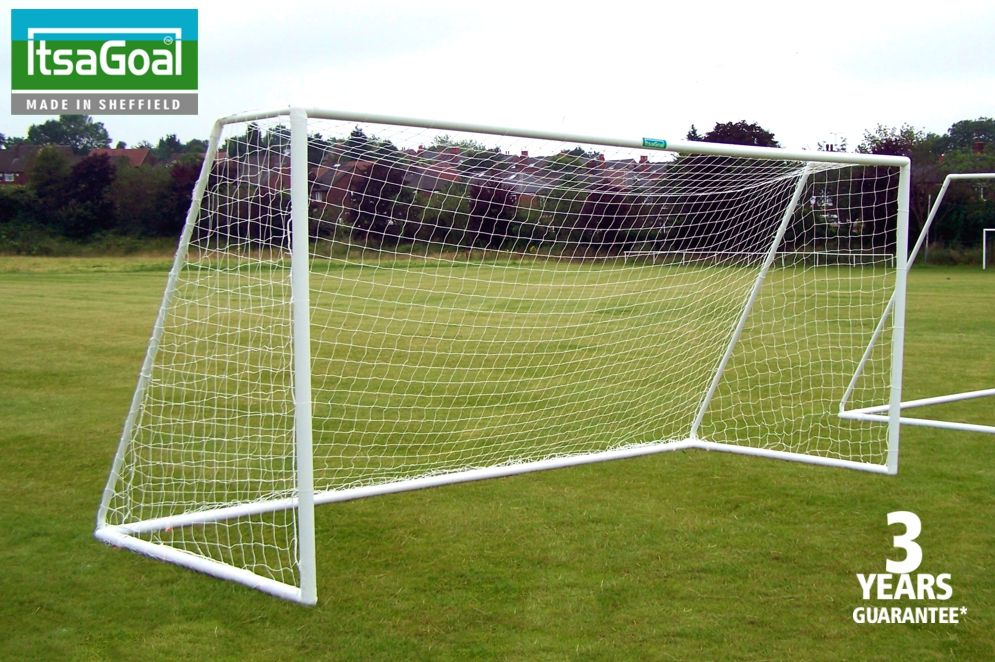 9v9 GOALPOSTS HIGH IMPACT PLASTIC - TWO GOALS - 16 x 7