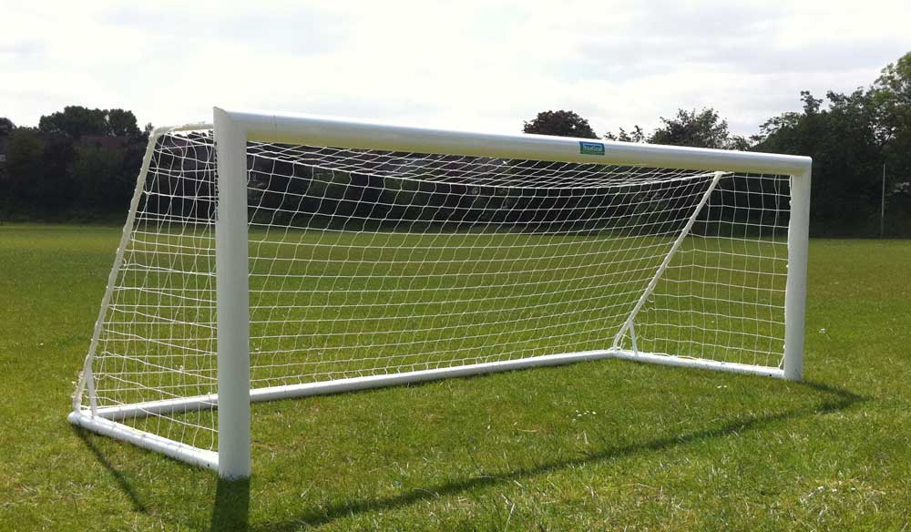Free standing Elliptical aluminium goal post - youth 4.8M x 1.2M - 16 x 4