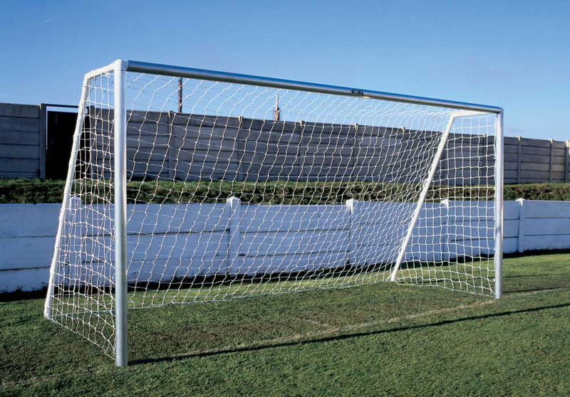 ALUMINIUM  GOAL  ANCHORED GRASS SURFACE-ONE SECTION CROSSBAR - 12 x 6