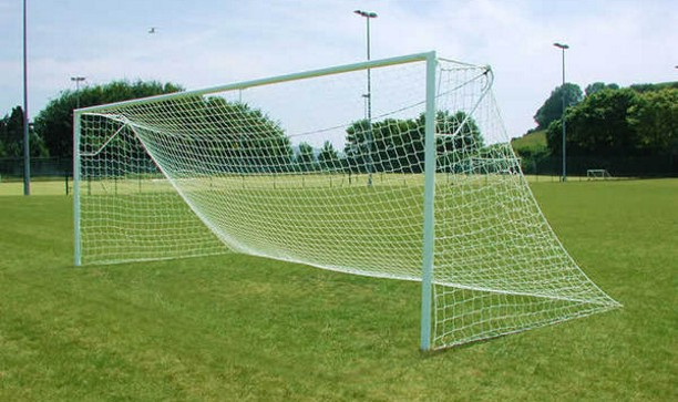 STEEL BOLTED FOOTBALL GOAL 24' x 8'